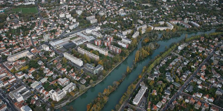La Marne est la plus longue rivière française, cet affluent de la Seine s'étend sur 514 km.