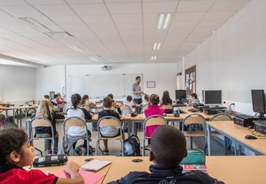 une classe de technologie au collège Liberté à Chevilly-Larue