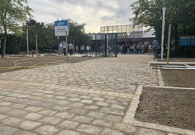 Education, Collège : les travaux d'aménagement du parvis accueilleront les élèves du collège Georges-Brassens à Santeny