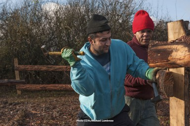Val'Bio Île-de-France a installé son maraîchage biologique à la Plaine des Bordes en décembre 2014. Les salariés produiront des fruits et légumes sur une surface de 8,5 hectares. ©Michael Lumbroso