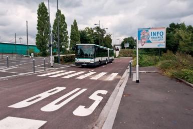 Dans le Val-de-Marne, il existe 137 lignes de bus dont 80 % sont du réseau RATP.