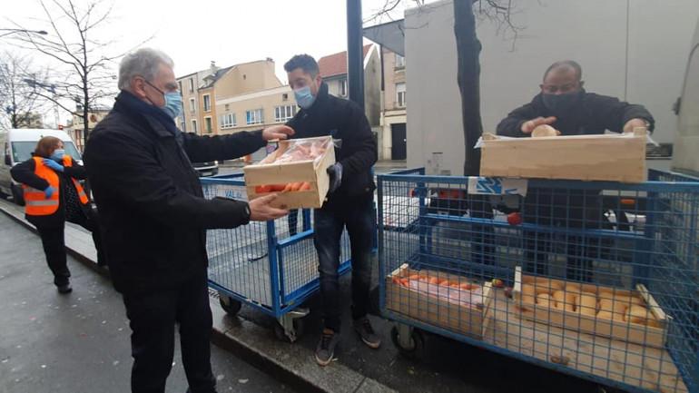 Livraison de fruits et légumes avec l'association Action Insertion Solidarité à Champigny-sur-Marne