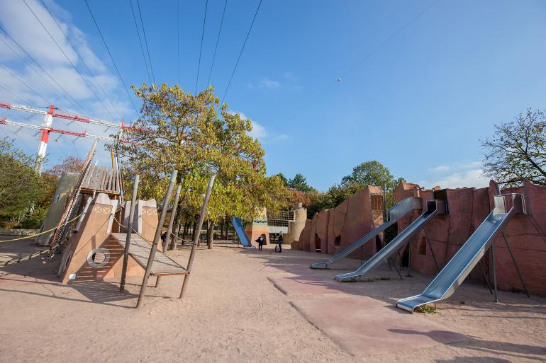 Aire de jeu au parc Petit-le-Roy ; crédit photo : E. Legrand
