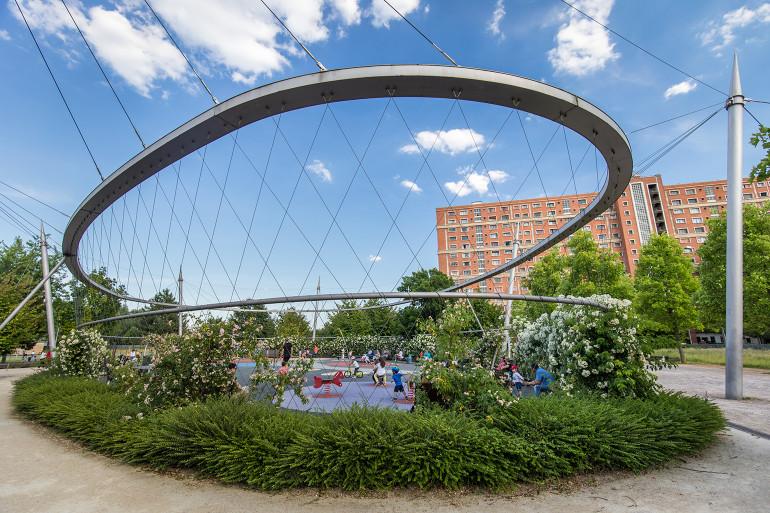 Aire de jeu au parc des Cormailles ; crédit photo : Eric Legrand