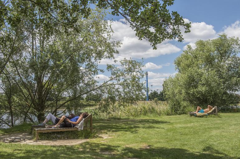 Parc interdépartemental des sports et de loisirs à Choisy-le-Roi ; crédit photo : Michael Lumbroso