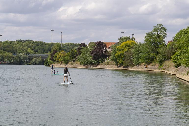 Bords de Marne à Joinville-le-Pont ; crédit photo : Michael Lumbroso
