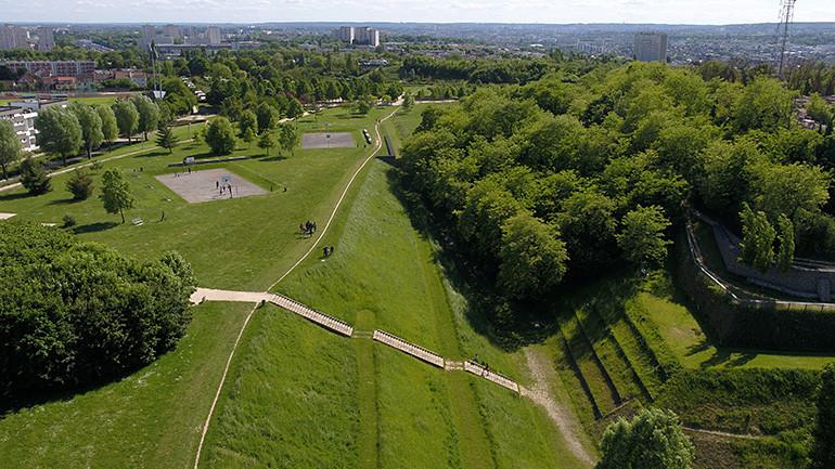 Vue aérienne du parc des Hautes-Bruyères
