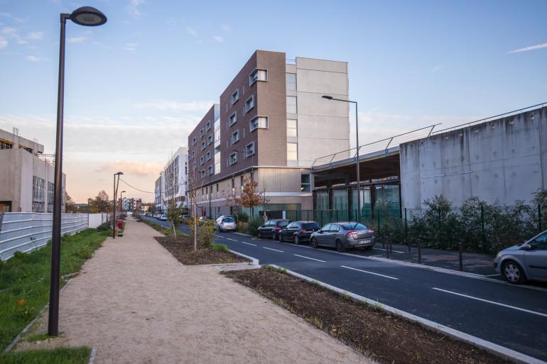 Aménagements de la coulée verte réalisés en 2017 sur la rue des Pépinières à Vitry-sur-Seine. Crédit photo : E.Legrand