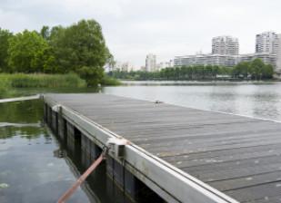 Base de loisirs sur le lac de Créteil