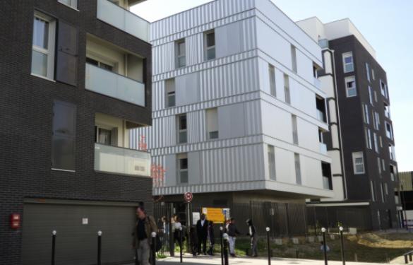 Inauguration de 171 nouveaux logements à Ivry-sur-Seine, dont une partie de logements sociaux