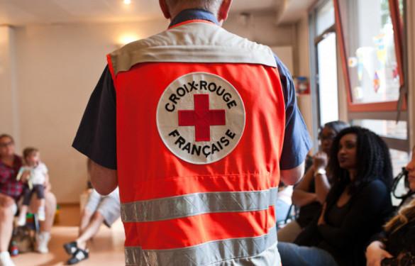 volontaire de la Croix-Rouge