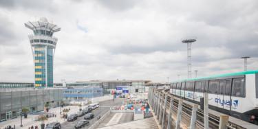 Aéroport d'Orly - référendum privatisation Aéroports de Paris crédit : Eric Legrand