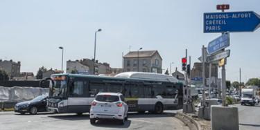 Les difficultés de circulations sur le pont de Nogent (©CD M. Lumbroso)