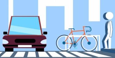 Sécurité-voirie : sur les routes départementales, le Val-de-Marne remplace les places de stationnement à proximité des passages pour piétons par des parkings vélo. Objectifs : augmenter la visibilité entre les usagers et encourager la pratique du vélo en ville.