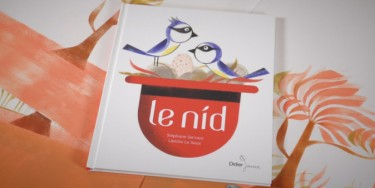 Couverture de Le Nid, l'album qui sera offert aux bébés nés en 2019