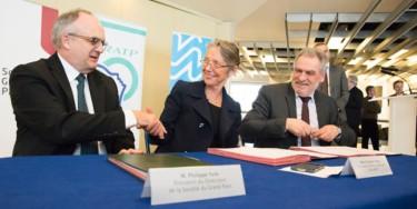 De gauche à droite : Philippe Yvin, Président de la Société du Grand Paris, Elisabeth  Borne, directrice général de la RATP, Christian Favier, Président du Département du Val-de-Marne. © Aude Pétin