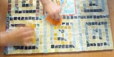 Atelier mosaïque avec le service Archéologie du Val-de-Marne