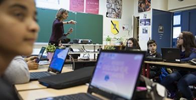 Le Val-de-Marne accompagne les collégiens dans leur scolarité